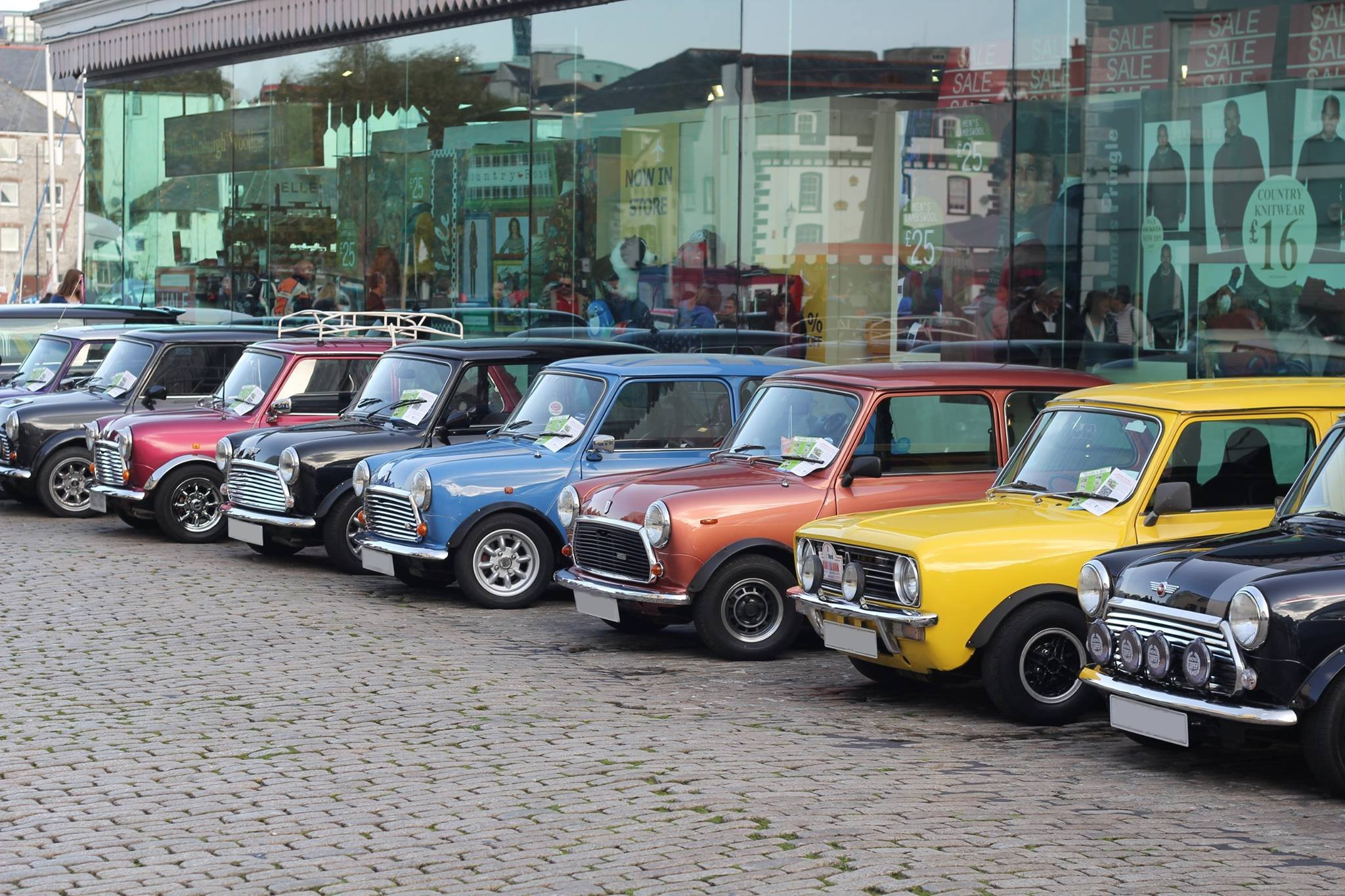 Minis everywhere